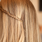 Deixe seu cabelo lindo usando apenas grampos