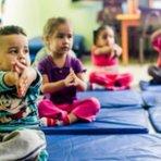 Escolas do fim dos Tempos: Crianças são doutrinadas desde pequenas a cultuarem deuses estranhos