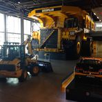Caterpillar 797F: o MAIOR caminhão do mundo