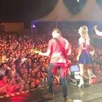 Villa Baggage e Henrique & Juliano cantam para 10 mil pessoas em São Carlos/SP