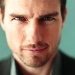 Tom Cruise grava cena de Missão Impossível 5 segurando à porta de um avião na altura de 5.000 pés