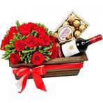 Cestas de vinhos e chocolates