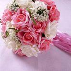 Buquês de flores ao ar! O preço das velhas tradições