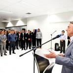Prefeito José Queiroz participa da inauguração da superintendência da Caixa