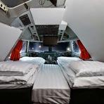 Curiosidades - Jumbo Hostel: O avião-hotel dentro de um jumbo em Estocolmo