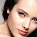 Dicas de como Usar o Primer para uma Maquiagem Bonita e Perfeita