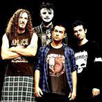 Eletromotriz tem suas composições influenciadas, principalmente, pelo Southern metal e Stoner rock