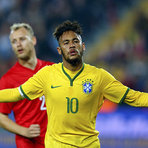 Brasil goleia a Turquia em jogo amistoso