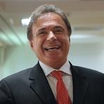 Álvaro Dias, autor da CPI da Petrobras, recebeu dinheiro de empresa investigada pela PF