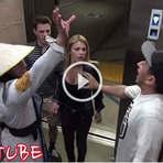 """Mortal Kombat Elevador Pegadinha Parte 2? Mortal Kombat Elevator Prank 2!"