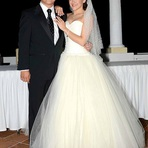 Atriz Mexicana Sherlyn se Casou em Duas Cerimônias Religiosas