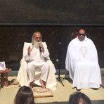 Igreja católica no RJ se alia com lider de seita da Nova Era em evento que pretende popularizar meditação