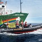 Ativistas do Greenpeace são feridos após repressão violenta da Marinha espanhola
