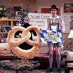 """Big Bang Theory: Sheldon dá adeus a """"Fun with Flags"""" no trailer do episódio 8x10"""