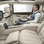 Mercedes lança um sedã de luxo com conforto parecido ao de um avião