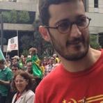 Política - 'Eles perderam o bonde da história', diz advogado hostilizado em protesto