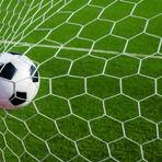 Esportes - Uefa estuda disputar pênaltis antes de a bola rolar; entenda
