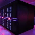 Tecnologia & Ciência - Linux continua dominando o segmento dos supercomputadores