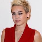 Miley Cyrus Investe 10 Mil Dólares em Festa de Natal para Desabrigados