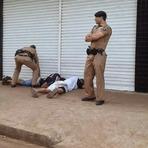 Blogueiro Repórter - PM de Sarandi prende dois rapazes com arma de fogo