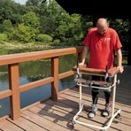 Paralítico é o primeiro do mundo a voltar a andar depois de transplante de células