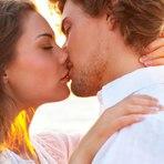 80% usa qualidade do beijo para decidir se relação vai adiante, diz pesquisa