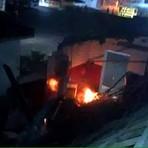 Violência - Quadrilha detona caixa eletrônica e agência pega fogo em Arez-RN