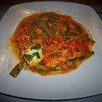 Culinária - Feijão-vagem em molho de tomate com ovo!