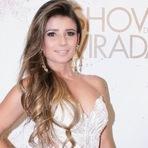 Paula Fernandes participou do segundo dia de gravações do Show da Virada, que será exibido pela TV