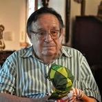Utilidade Pública - Morre aos 85 anos Roberto Gómes Bolaños