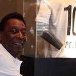 Na UTI, Pelé tem 'boa evolução' e segue com hemodiálise