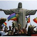 Sodoma brasileira, a rebelião final contra DEUS: Igreja batiza filhos de casal gay no Santuário do Cristo Redentor