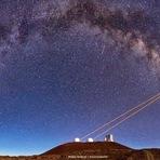 Espaço - Astrônomos resolvem enigma sobre bizarro objeto no centro da nossa galáxia