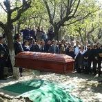 Pintura - O Click da Noticia Por Marcio Santos: Corpo de Roberto Bolaños é enterrado na cidade do México