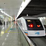Internacional - China: Engenheiro que concebeu TGV condenado à morte