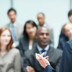 Quem Precisa Aprender a Falar em Público