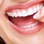 Você sabe por que usar fio dental é tão importante?