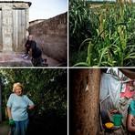 Fotos - Série Impressionante Retrata Mulheres e Seus Banheiros ao Redor do Mundo