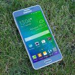 Curiosidades - Samsung Galaxy Alpha O celular mais completo