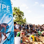 1º dia do Pipe Masters o evento mais esperado de surf do ano - Em português ( 08.12.2014) Vídeo 40 min