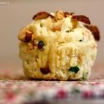 Aprenda a fazer um incrível Muffins de peito de peru com amêndoas defumadas!