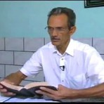 Pastor interpreta Bíblia errado e traça esposa alheia
