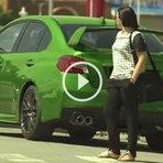 Pegadinha carro mudando de cor por controle remoto
