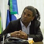 Brasil precisa rever como trata os negros, diz professor ativista