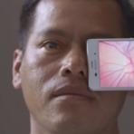 Tecnologia & Ciência - Dispositivo permite o uso de smartphones para ajudar milhares de pessoas a não perderem a visão.