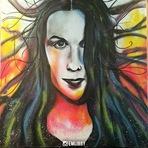 Alanis Morissette é homenageada com um desenho feito em Spray