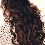Como obter o volumoso cabelo de Kim Kardashian