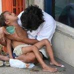 Religião - Sabeis qual é o jejum que eu aprecio? - diz o Senhor Deus. É repartir seu alimento com o faminto, abrigar o pobre...