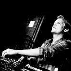 """Avicii divulgou o vídeo clipe de """"The Nights"""" - Blog Fone De Ouvido"""