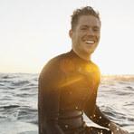 Mulher - Namorar um surfista é como ganhar na loteria dos namorados. Duvida?